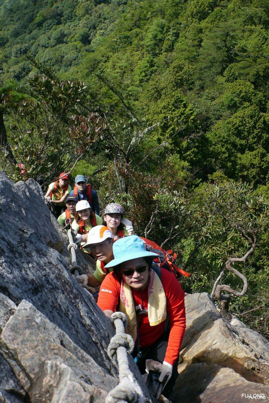 proimages/2016-08-20_Eagle_Mt_climbing/05_Eagle_mt.-climb1.jpg