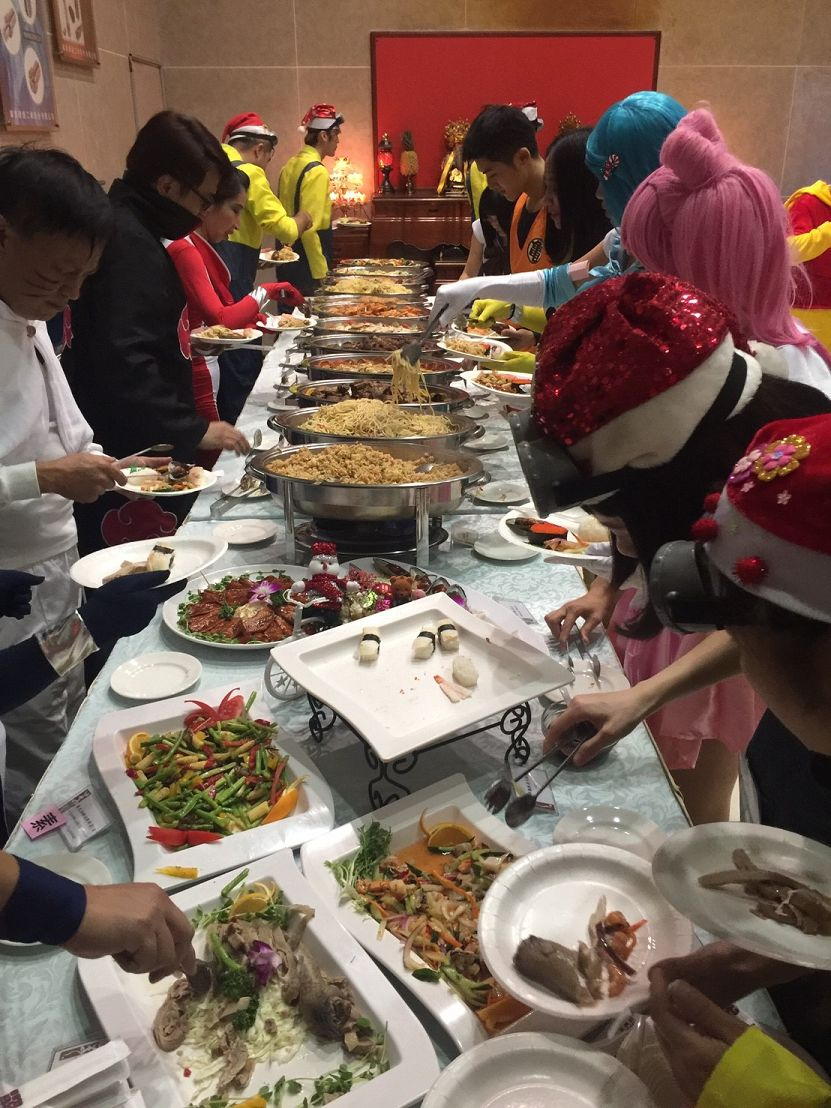 proimages/2016-12-21_Xmas_party/2016_Xparty-Buffet_2.jpg